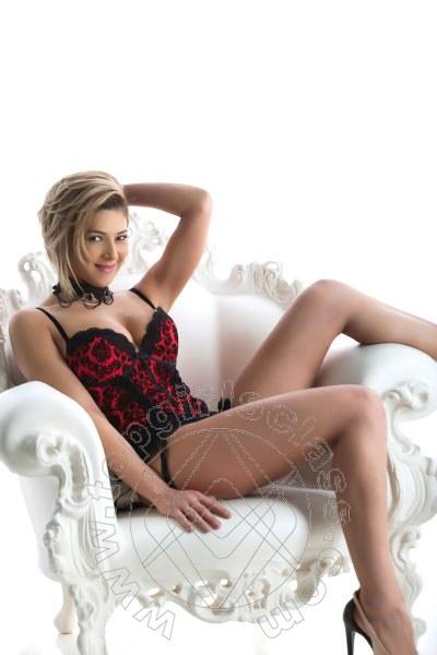 Aline Hot  CIVITANOVA MARCHE 3338205301